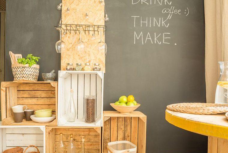Idee fai da te per arredare casa con materiali di riciclo for Oggetti fai da te per arredare casa